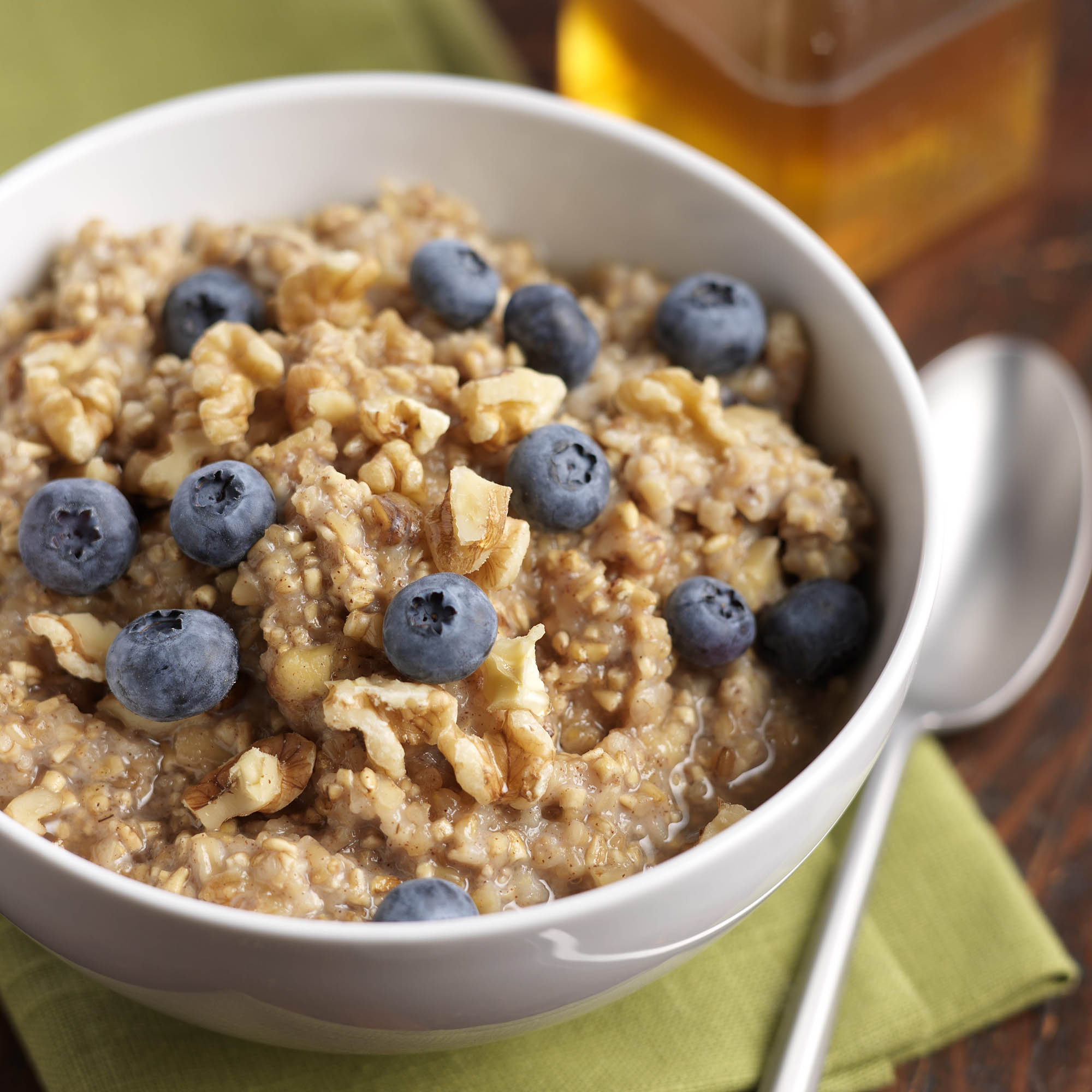Blueberry Oatmeal With Cinnamon And Walnuts